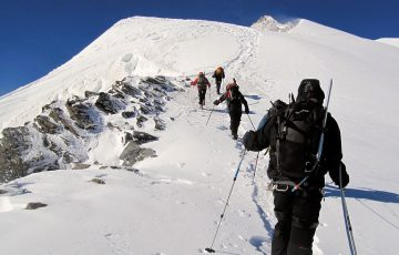 mountaineering-895659_1280.jpg