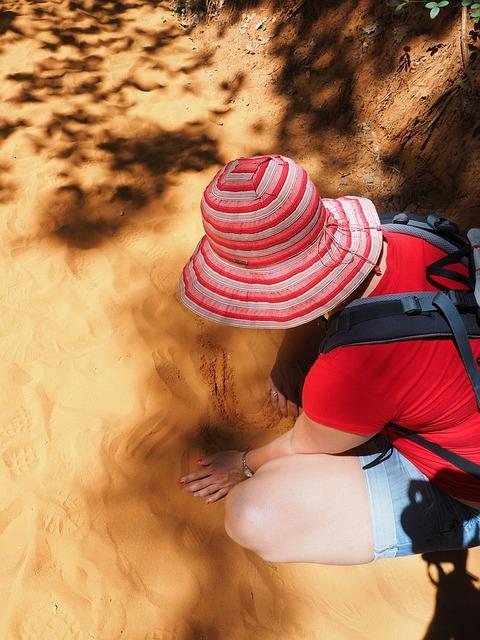 sand-1521690_640