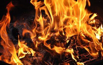fire-2102000_640