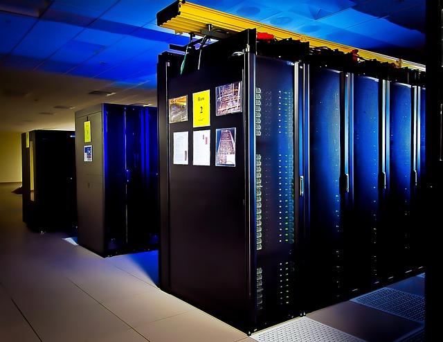 supercomputer-1782179_640