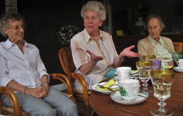 grandma-1335722_640