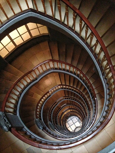 stairs-113610_640