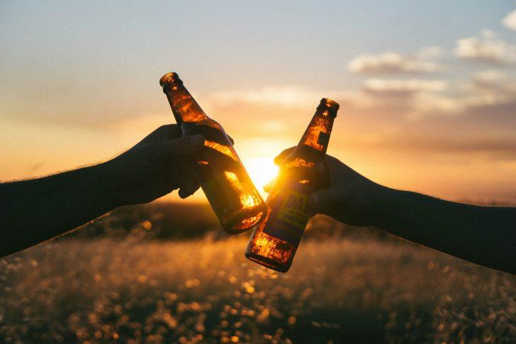 cheers-839865_1280-2.jpg