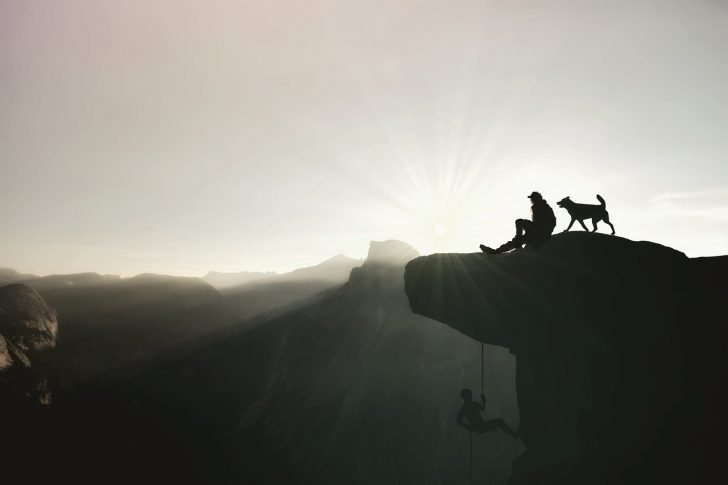 mountaineer-1169535_1280
