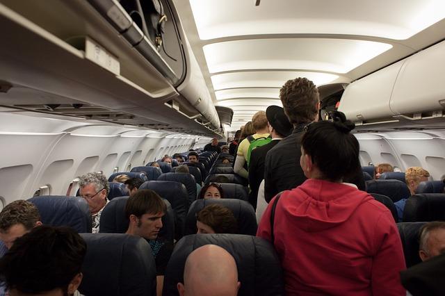 plane-691084_640