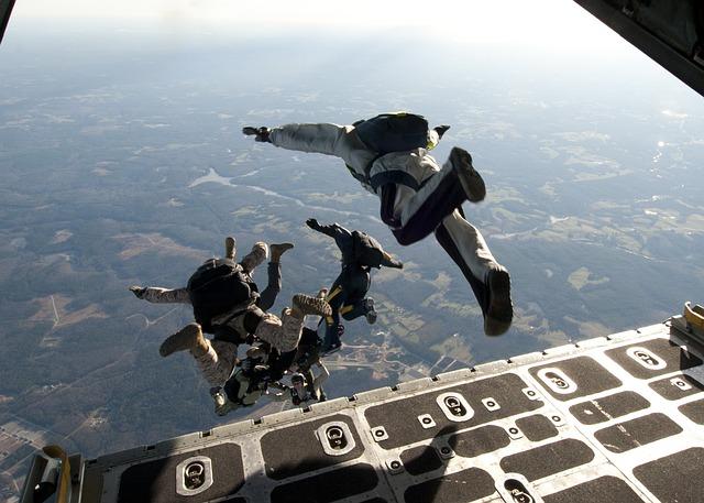 parachute-training-569961_640