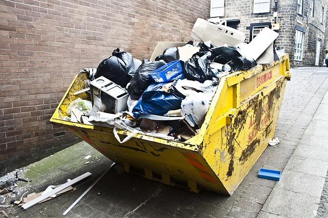 rubbish-143465_640