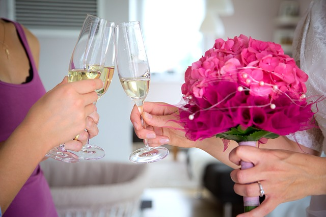 cheers-2153711_640
