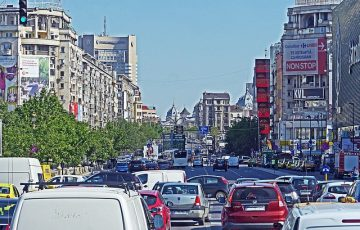 bucharest-1324333_640