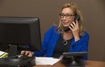 secretary-544180_640