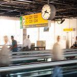 airport-3154737_640