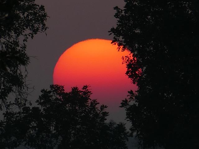 sunset-1370447_640