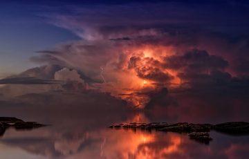 thunderstorm-3440450_640