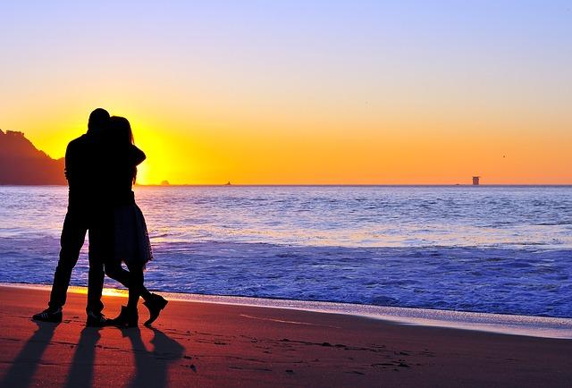 couple-789824_640