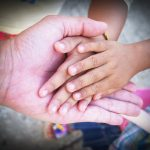 hand-1549135_640