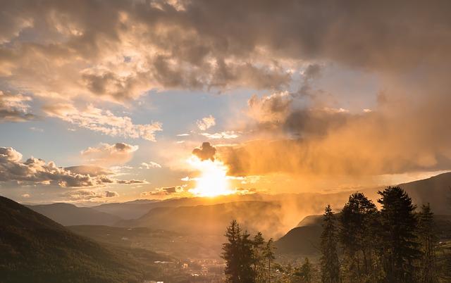 sunset-4074206_640