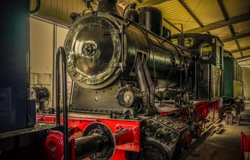 locomotive-4101324_640